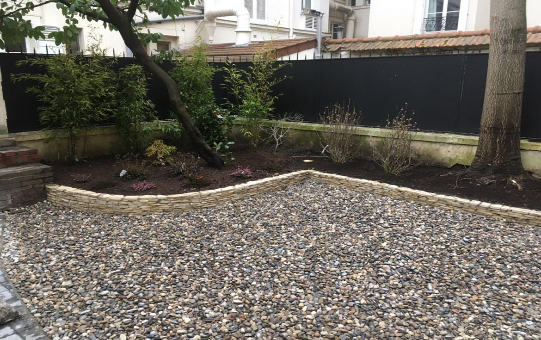 Entretien d'un jardin de villeà Levallois-Perret