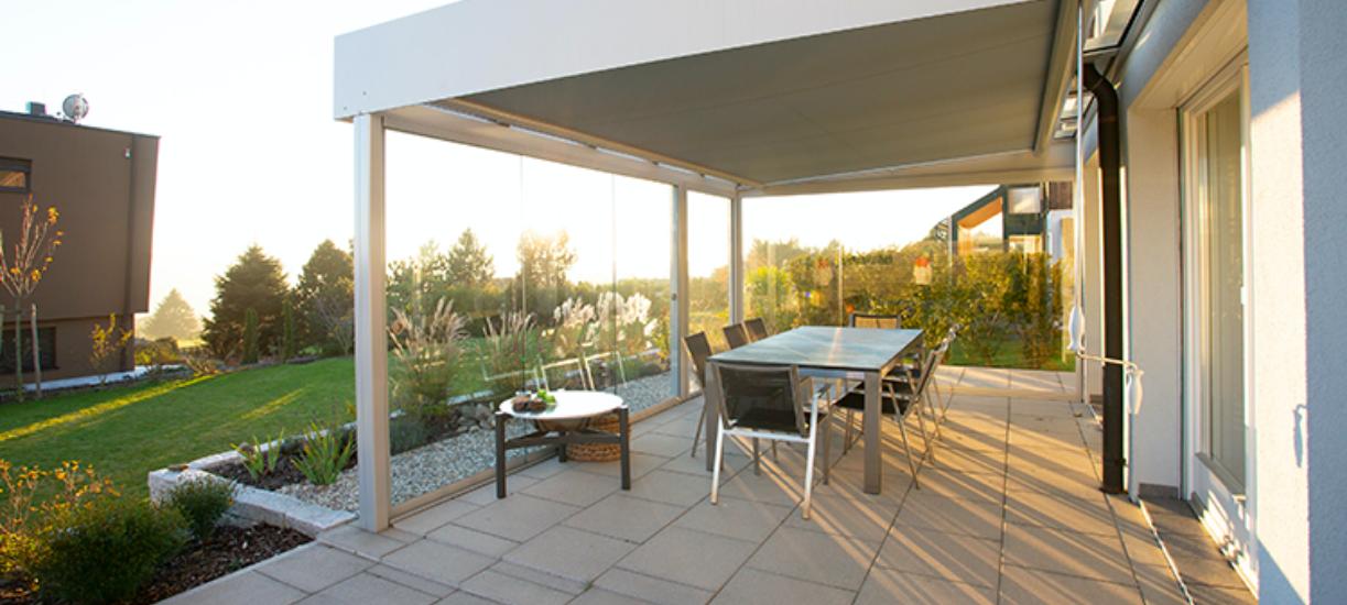 Comment construire sa terrasse ? AlloMarcel, partenaire Cmonjardinier vous explique tout sur la construction et la rénovation d'une terrasse.