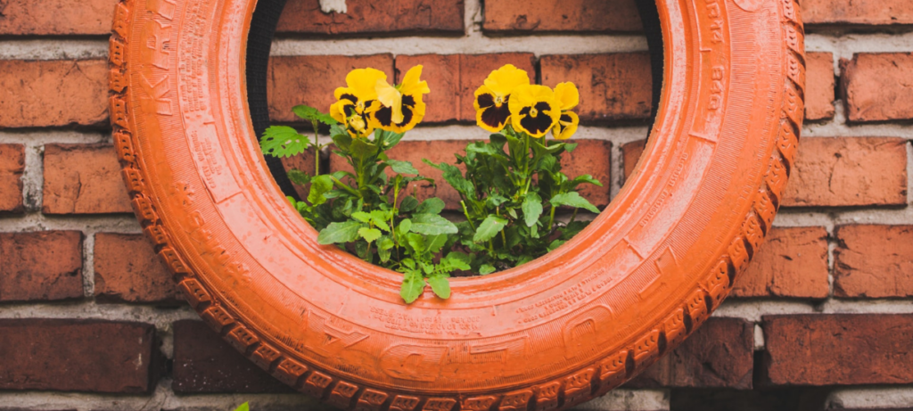 Cmonjardinier vous présente une sélection de pots de fleurs originaux et insolites
